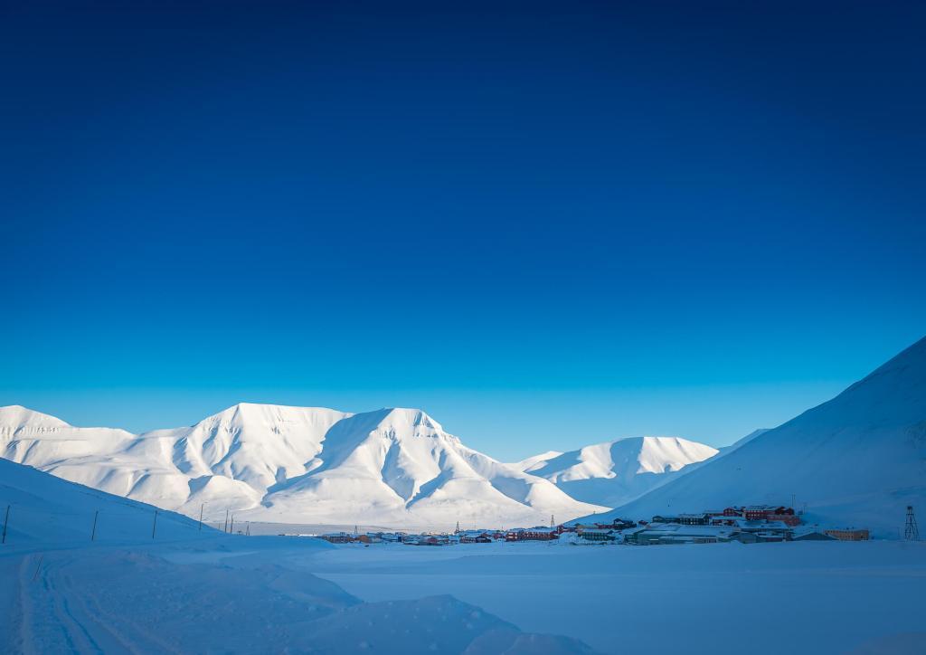 Longyearbyen Spring Sunshine