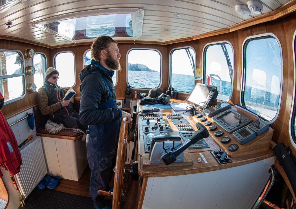 Spitsbergen Helm Valiente