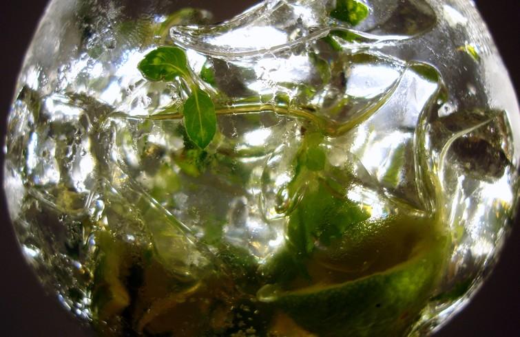 Siete inventos alcohólicos cubanos | OnCuba