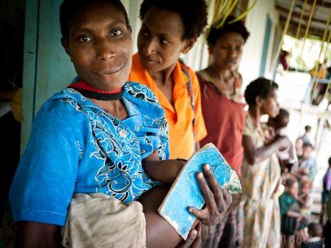 PNG-Bamu-Adriel_Booker-maternal-health-130830-524
