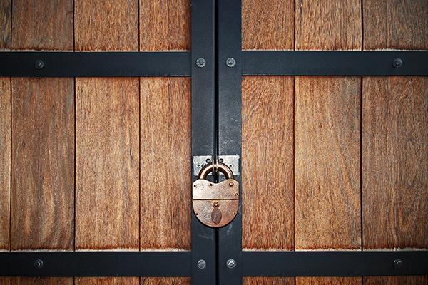 Bildergebnis für closed door images