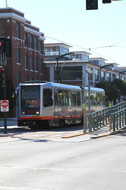 San Francisco Trip in Photos, A Little MUNI, PCC and Trolley Buses (4/6)