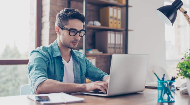 Diferencias entre tu perfil de LinkedIn y tu currículum