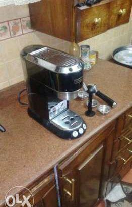 ماكينة اسبرسو ديلونجي ايطالي لم تستخدم للبيع