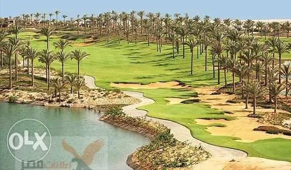 Villa 2nd row in golf in Katameya Dunes new cairo for sale