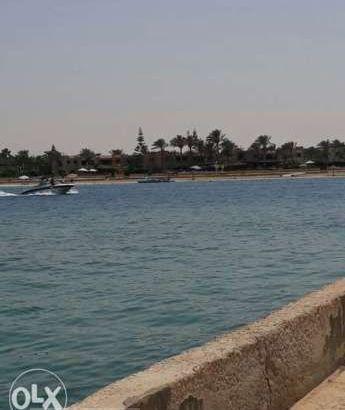 فيلا في مارينا 5 على البحر