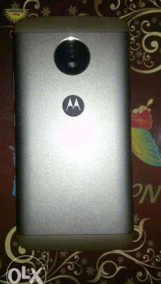 Moto 4 plus للبيع
