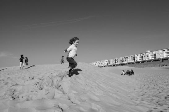 Dune saut fillette