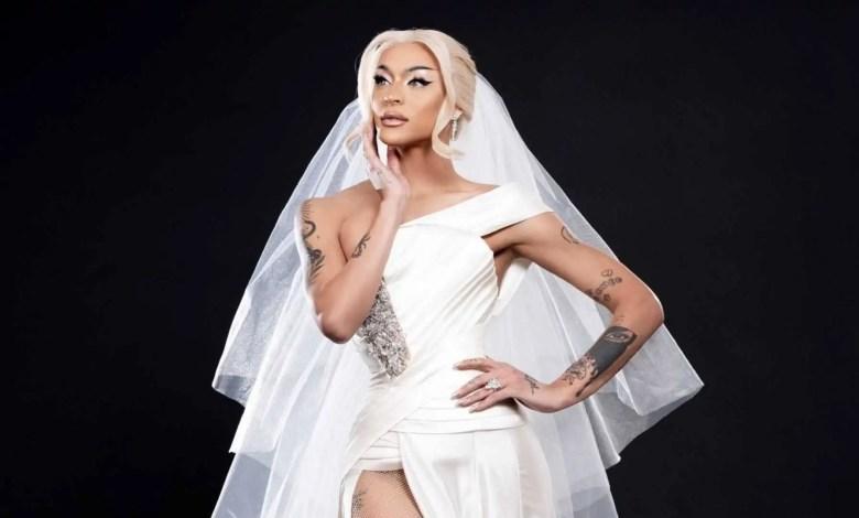 Pabllo Vittar vestida de noiva em photoshoot do novo single (Reprodução/Internet)