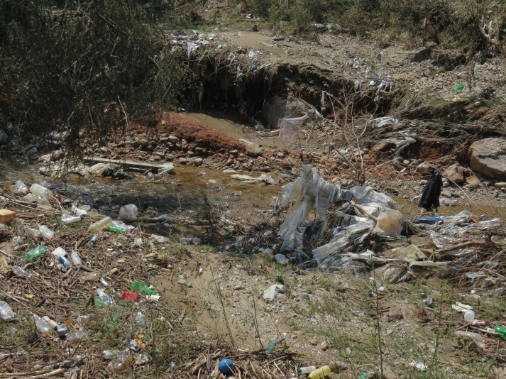Garbage_in_Flooded_Area_Water_Channels4004