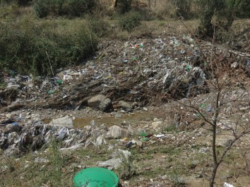 Garbage_in_Flooded_Area_Water_Channels5005