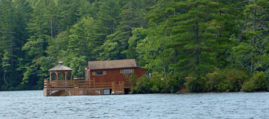 Lake Winnesquam in New Hampshire