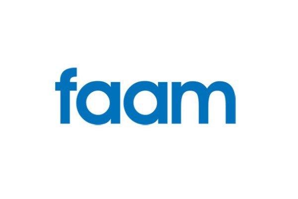 El director general de Discapacidad de la Junta de andalucía visita la FAAM