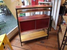 Buchspanner als Sideboard