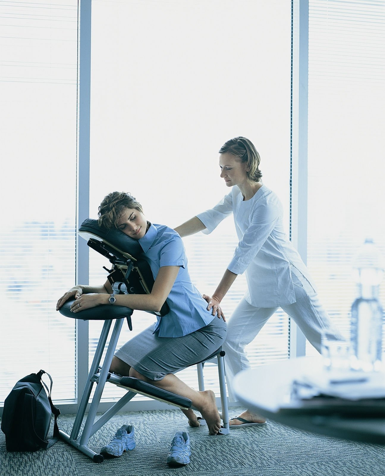 Massage Therapist Chair Chair Massage Workplace The New Coffee Break Review