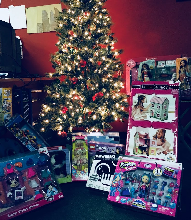 Holiday Toy Drive St Jude Childrens Research Hospital