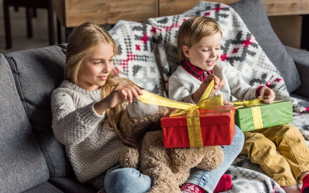 Holiday Gift Giving Guidelines for Divorced Parents