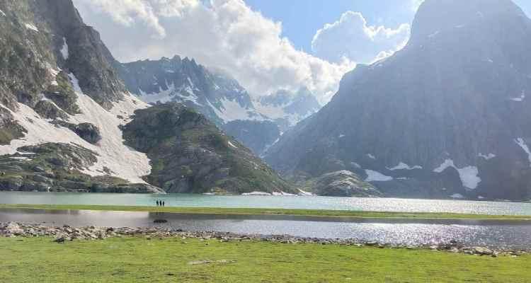 adventure_pulse_kashmir_great_lakes_krishnasar_lake