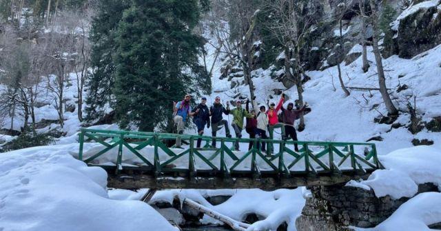 kashmir winter trek Marchoi_Adventure-pulse_snow in Marchoi Valley