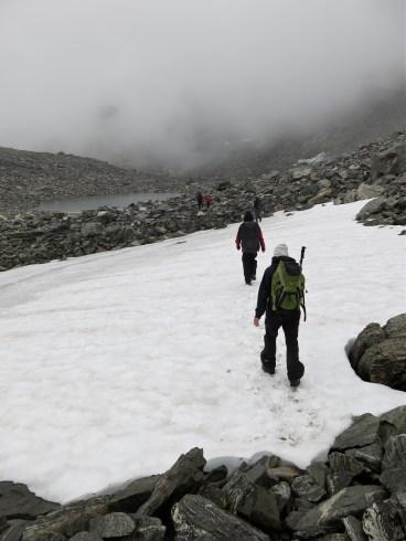 En bättre augustidag med snö och dimma