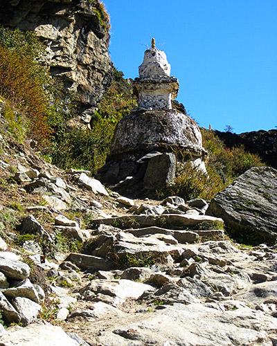 Stupa along the trail - Everest Base Camp Trek