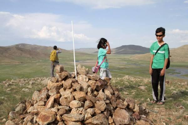 360度見渡すモンゴル大草原写真