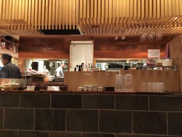 長寿食堂の厨房写真
