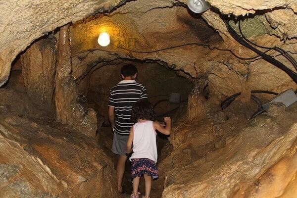 鍾乳洞の写真
