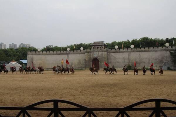 騎馬民族のショーの写真