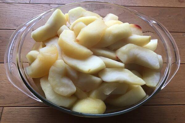 りんごのワイン煮の写真