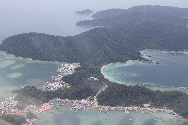 コタキナバルを空から見た写真