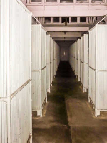 Main corridor of the shower chambers.