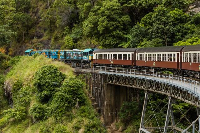 Karunda Train