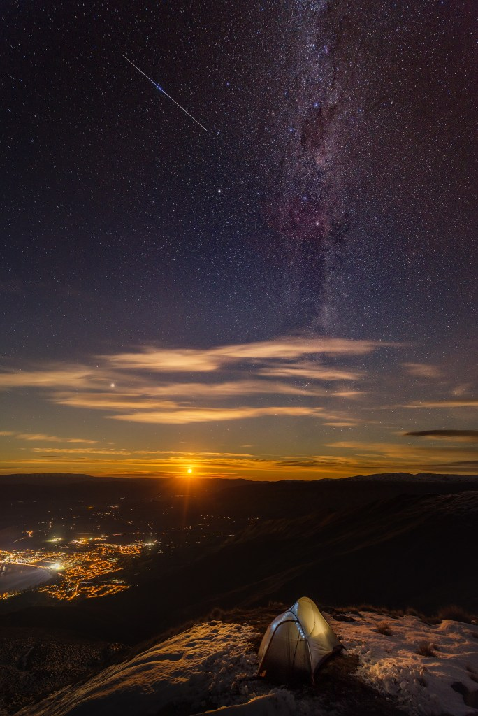 Night photography from the Roy's Peak.