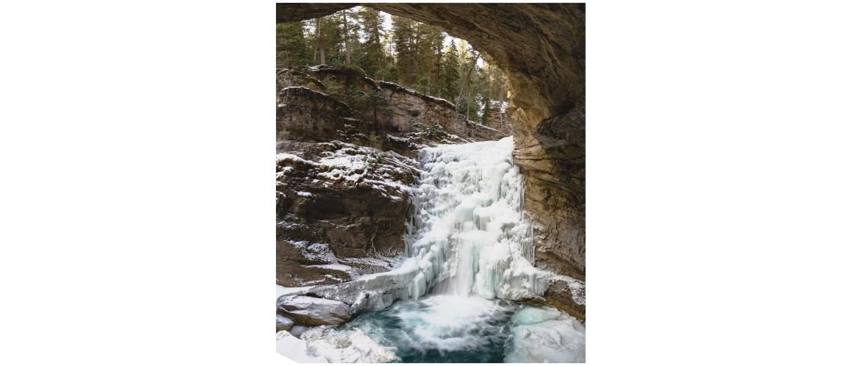 Johnston Canyon frozen waterfall