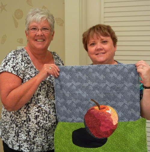 Double Reverse Applique class with Ellen Lindner. AdventureQuilter.com/blog