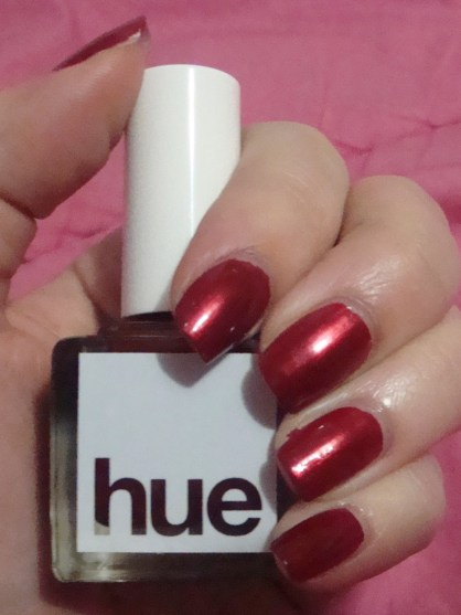 SquareHue – Holly Berry