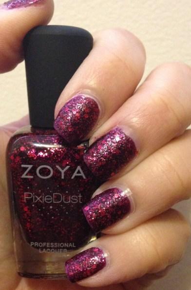 Zoya – Noir
