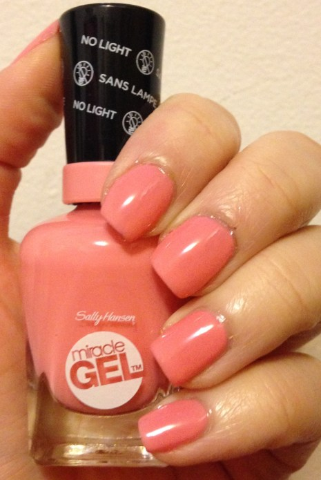 Sally Hansen Miracle Gel – Pink-a-Colada