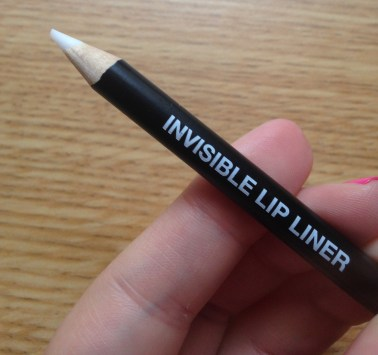 Luv2Kiss Invisible Lip Liner Review