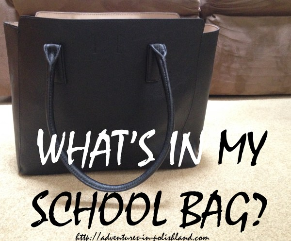Back to School Week | What's in My School Bag?