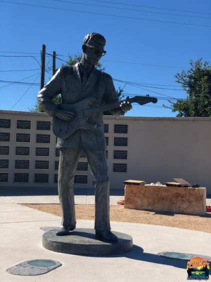 Buddy Holly Statue - Jeff and Cathy Evans