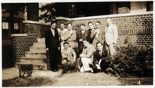 weisinger-home-1937-07-top-l-to-r-Williamson-de-Camp-Clark-Long-Weisinger-Hamilton-Kline-bottom-l-to-r-Binder-Wellman-Schwartz