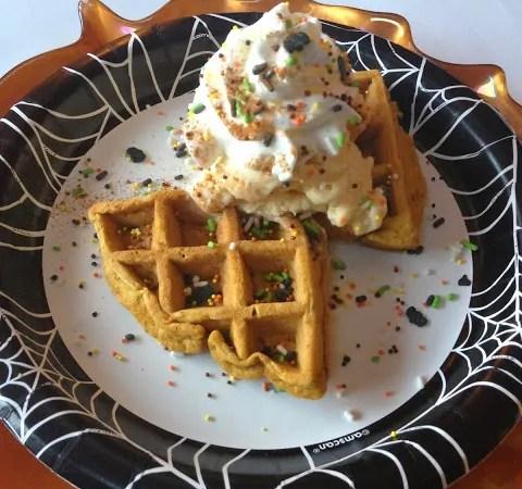13 Disney Nights of Halloween #3 – Spiced Pumpkin Waffle Sundae