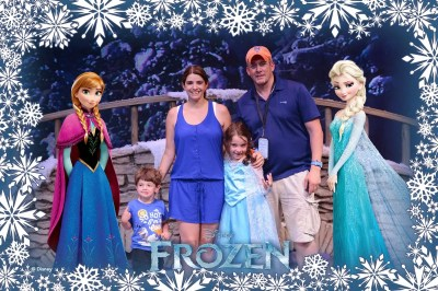 Family with Anna and Elsa Magic Shot