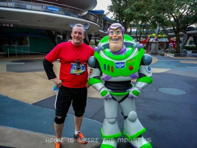 Posing with Buzzlightyear in Tomorrowland