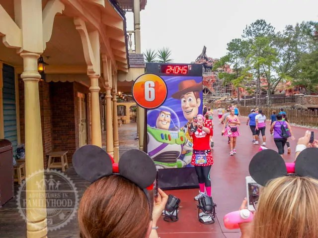 Mile Marker 6 of 2014 Walt Disney World Half Marathon Woody and Buzz