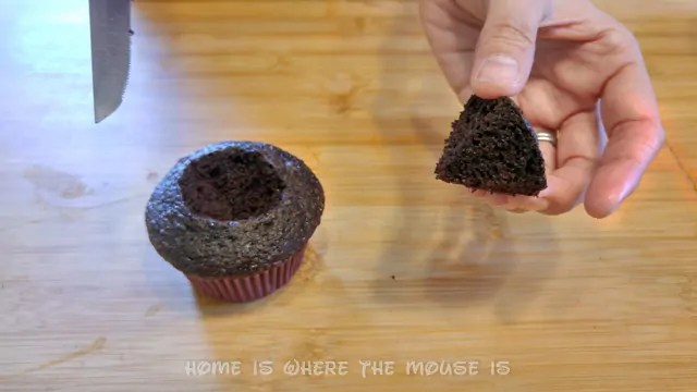 how to make worms in dirt
