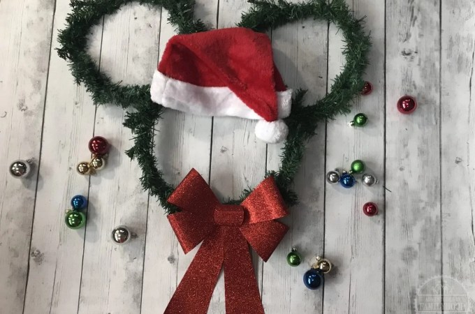 Easy Santa Mickey Wreath