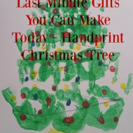 Last Minute Gifts You Can Make Today – Handprint Christmas Tree